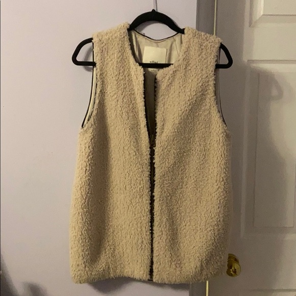 Aritzia Size M Shearling Vest from Wilfred